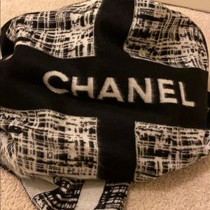 CHANEL Other - Chanel New Large scarf